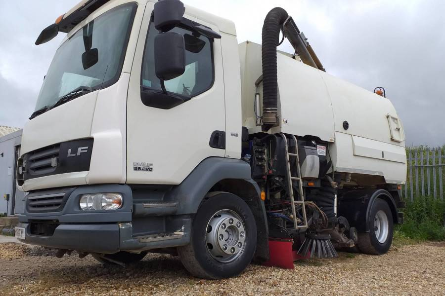 DAF LF 55 JOHNSTON VT650